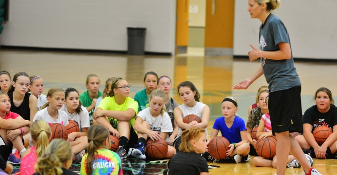 The one day Anna DeForge camp gave the players some drills to imporve their skills...