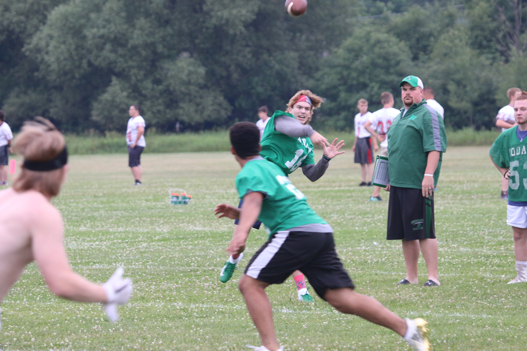 Brock Lieder throws a pass against Tomahawk.